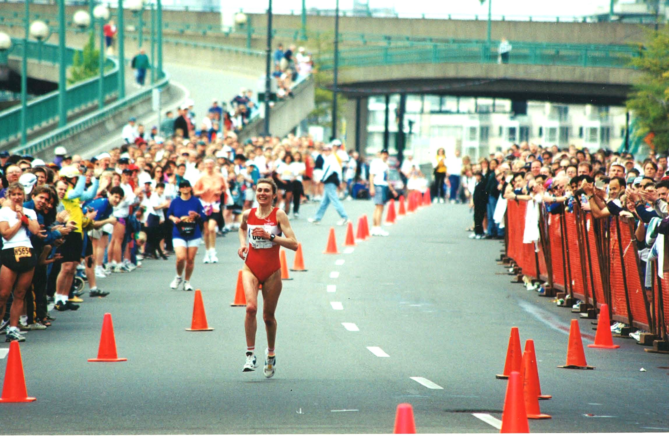 1998 Vancouver Marathon - Female Winner