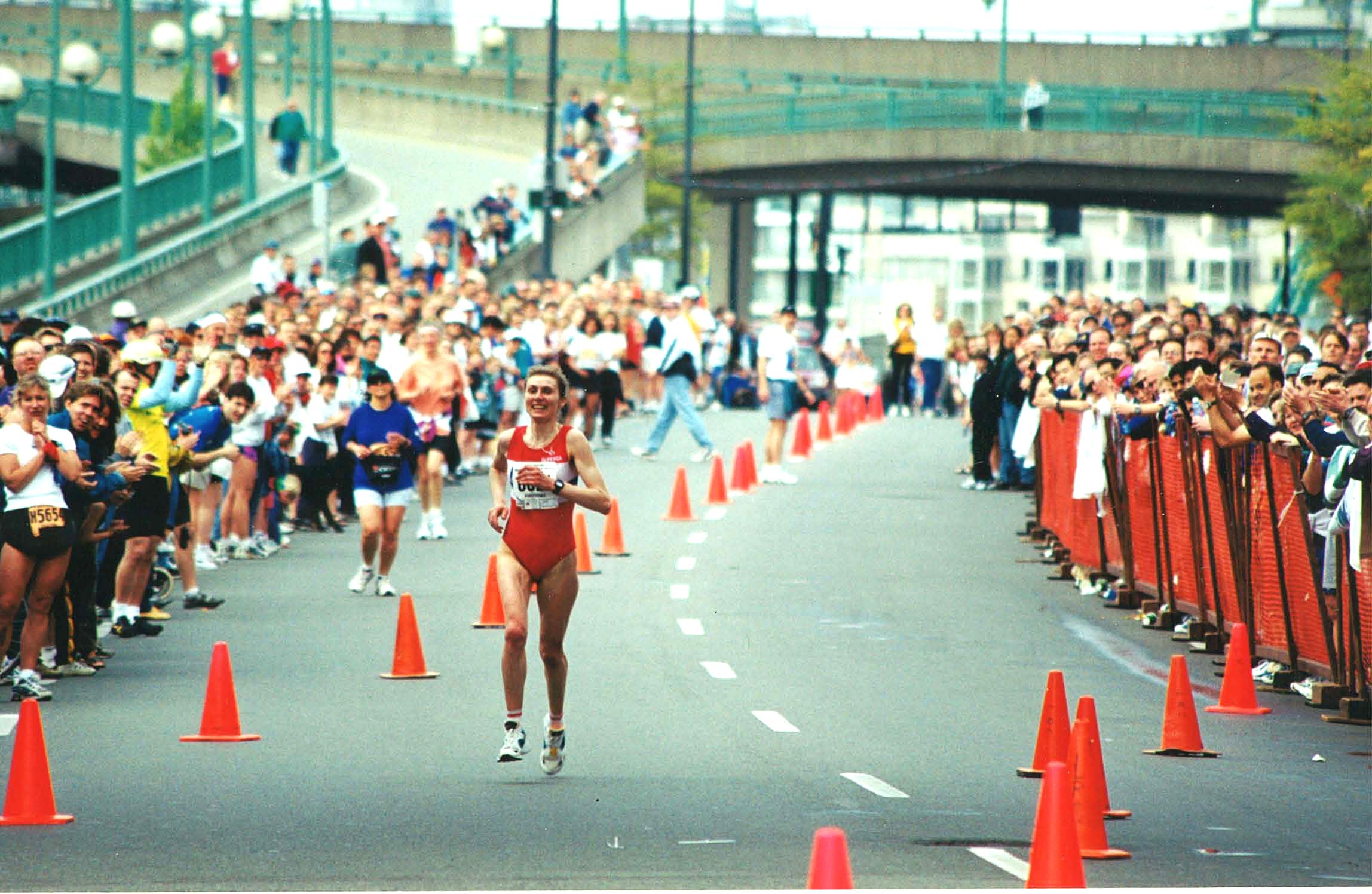 1998 Vancouver Marathon - Female Winner