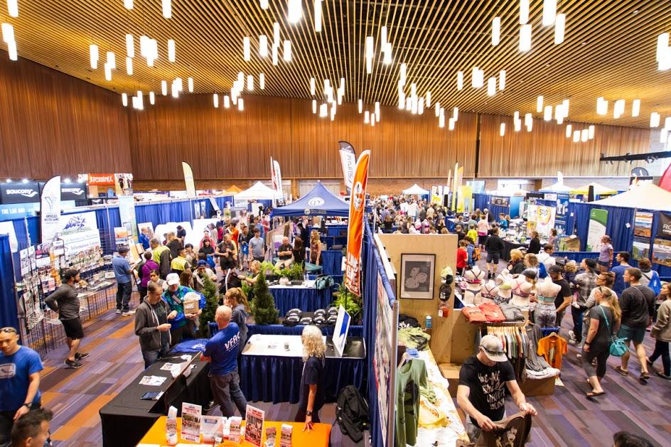 2016.BMOVM.Img.Expo.1.Exhibitors.Overview.GregMassie.VancouverMarathon